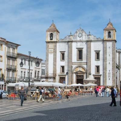 Prostitutes in Evora